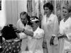 Осмотр пациента. Слева направо: врач-ординатор А.Ю. Баларев, врач-ординатор К.А. Компасов, вед. науч. сотр. Г.Л. Прокофьева, ассистент Л.А. Усова (1987)