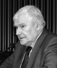 АСТАХОВ Юрий Сергеевич