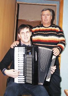 Лауреат третьей степени Руслан Копылов с отцом Александром Григорьевичем