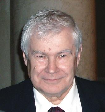 Профессор Ю.С. Астахов: «Развитие отечественной медицинской промышленности — задача чрезвычайной важности»