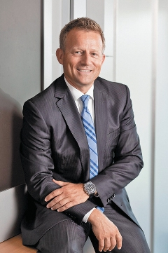 Оливер Хайне — нынешний руководитель компании
