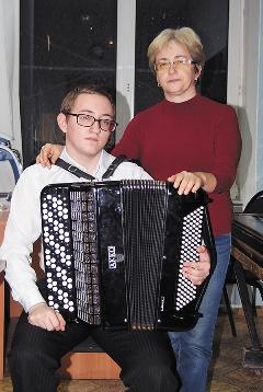 Участник конкурса из Липецка Александр Дёмин с мамой Мариной Михайловной