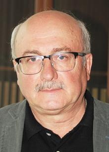 Главный внештатный офтальмолог Челябинской области, д.м.н., профессор В.Ф. Экгардт: Я одинаково комфортно чувствую себя и в государственной, и в частной медицине