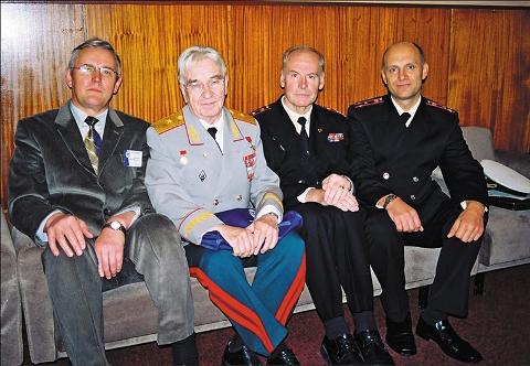 Начальники кафедры офтальмологии. Слева направо: профессор М.М. Шишкин, профессор В.В. Волков, профессор В.Ф. Даниличев, профессор Э.В. Бойко