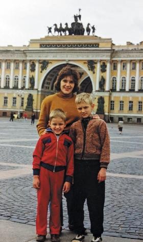 А это Антошкин день рождения, 18 июня
