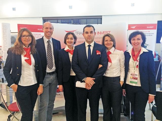 Сотрудники компании «Трейдомед Инвест» и представитель фирмы-партнера (второй слева) перед началом сателлитного симпозиума