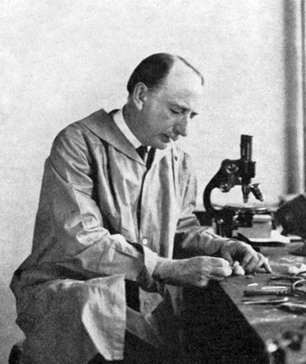 Фредерик Верхоеф (Frederick H. Verhoeff), доктор медицины  (1874–1968)