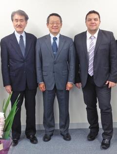 Alex Tanaka-san — президент японского подразделения LightMed (слева), Gary Lee (по центру) и Bogdan Duszynski (справа